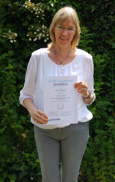 Gesundheits- & Ernährungscoach Carola Schröder nach bestandener Prüfung